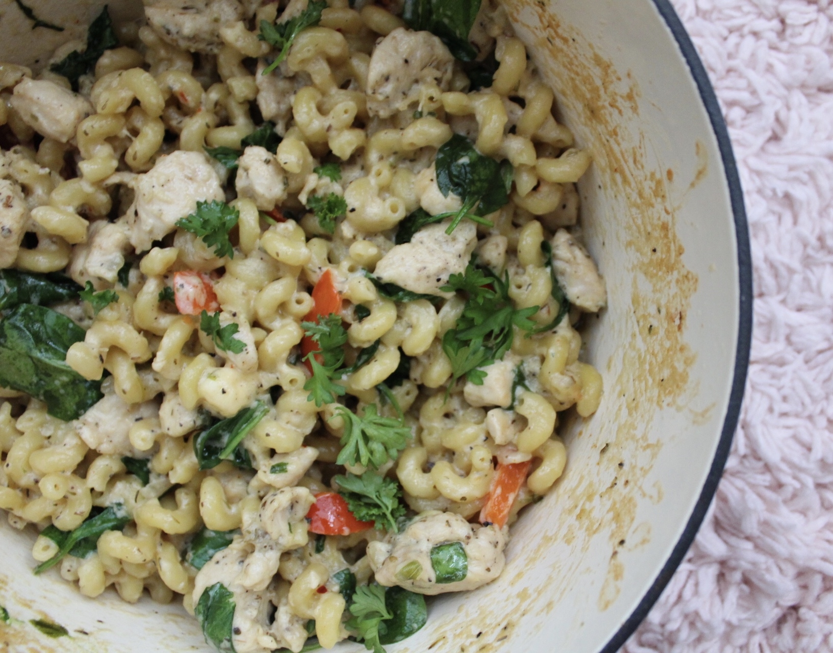 One Pot Chicken Spinach Pasta